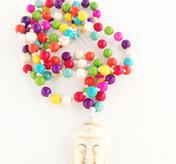 Färgglatt Mala med buddha