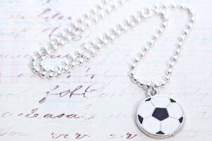 Halsband med fotboll